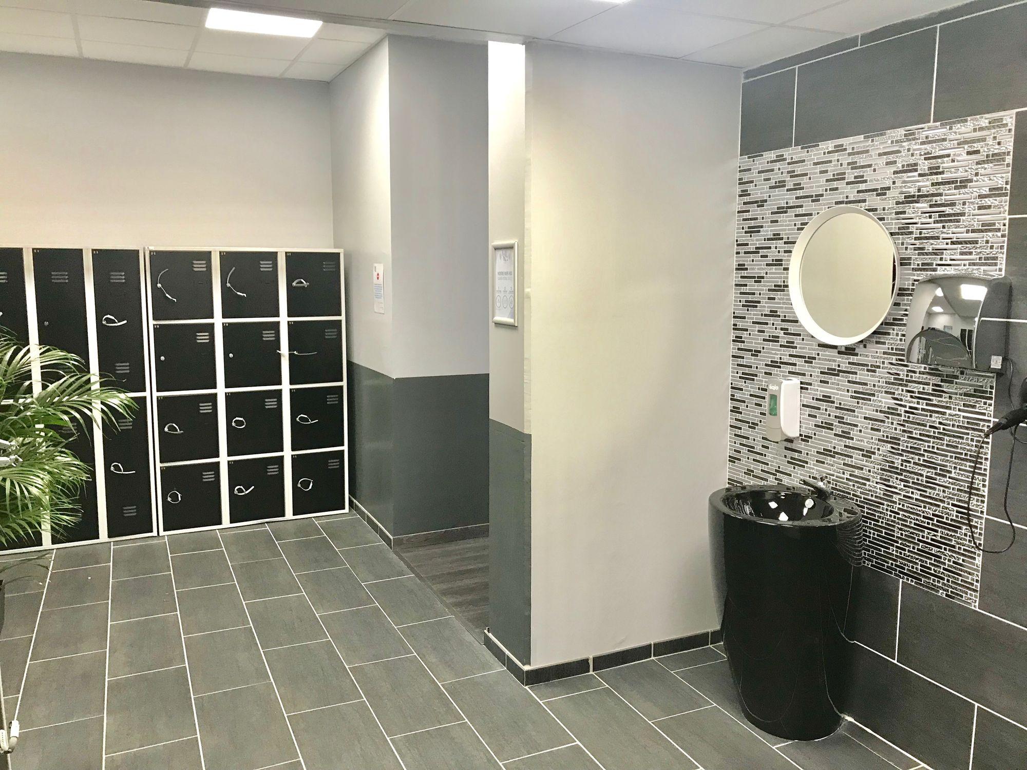 Salle de sport Vita liberté Martigues vestiaires